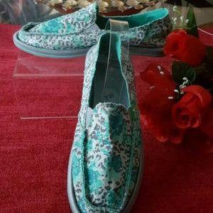Sanuk Donna Mixed UpLeopard Floral Women's Slip On